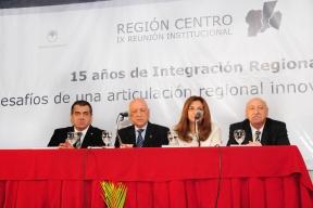 """Cumbre de la Región Centro en Santa Fe: Cáceres aseguró que en Entre Ríos """"estamos con ideas muy ambiciosas"""""""