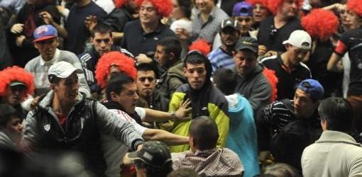 INCIDENTES: Militantes del PRO a las trompadas en el lanzamiento de sus candidatos
