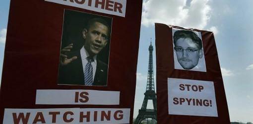 CIBERESPIONAJE: Tras el escándalo de espionaje, Europa pide modificar el intercambio de datos personales con Estados Unidos