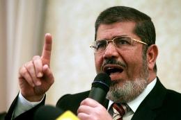 GOLPE EN EGIPTO: Ordenaron prisión preventiva para el depuesto presidente Mursi