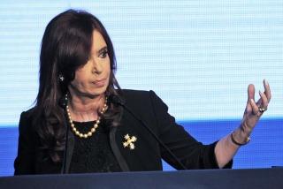 CUMBRE: Cristina viaja a Bolivia por la reunión urgente de la Unasur en respaldo a Evo