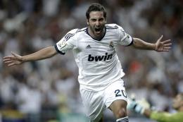 SEGÚN LA PRENSA ITALIANA: Acuerdo entre el Real Madrid y Napoli por el pase de Higuaín