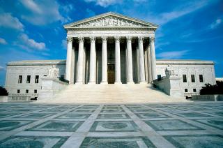 AMICUS CURIAE: Fondos buitre: Argentina recibe más respaldo ante la Corte Suprema de EEUU