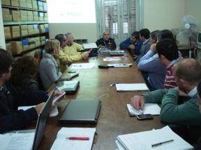 Sobre la oferta existente: Se realizó una reunión sobre maquinarias para la agricultura familiar