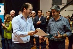 En Paraná y Colonia Avellaneda: Comenzó la entrega de microcréditos a emprendedores de la economía social