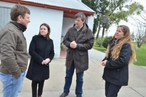 En el marco de las celebraciones del patrono de la comuna: Bahl y Kunath visitaron instituciones y obras en Aldea Santa Rosa