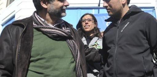COLOCAN BALDOSAS: Filmus y Cabadié, en un homenaje a los secuestrados en la dictadura
