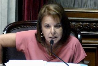 """DECLARACIONES: Fuerte repudio a """"Chiche"""" Duhalde por poner en duda la capacidad de las mujeres para ejercer la política"""