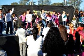 Con música, bailes, juegos y chocolate con facturas: Los gurises con sus familias festejaron el día del Niño