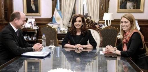 MAQUINARIA AGRÍCOLA. La empresa Agco le anunció a la Presidenta que inaugurará una fábrica de tractores en octubre
