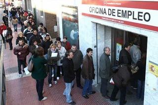 CRISIS: Volvió a crecer el desempleo en España y más de 25.000 personas perdieron su trabajo en septiembre