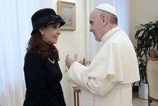 """ROMA: El Papa le envió un mensaje a Cristina, en el que le desea su """"total restablecimiento"""""""