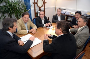 Reunión de trabajo en el Ministerio de Gobierno: Distintas áreas continúan coordinando acciones para la apertura de la temporada de la Costa del Paraná