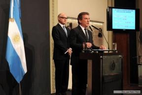 """Para Urribarri, la decisión de Uruguay es """"inaceptable y ofensiva"""" : Argentina vuelve a La Haya por el aumento de la producción de UPM"""