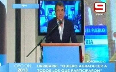 """La provincia: Urribarri celebró el triunfo y vaticinó que en 2015 seguirá """"el proceso de transformación"""""""