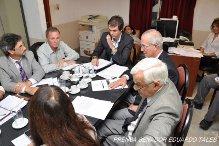 Presupuesto 2014: Senadores se reunieron con el Ministro de Economía Diego Valiero