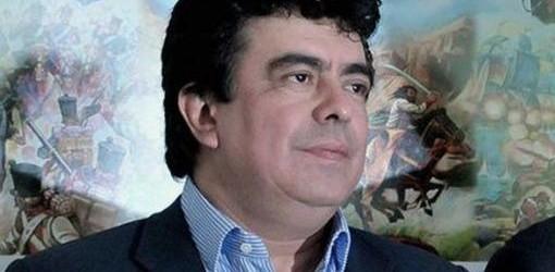 ELECCIONES INTERNAS: Espinoza es el candidato oficialista en el PJ bonaerense