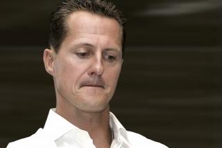 """ACCIDENTE DE ESQUÍ EN FRANCIA: La situación de Schumacher """"está más controlada pero no está fuera de peligro"""""""