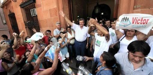 CORRIENTES: La justicia correntina ordenó la asunción del intendente del FPV