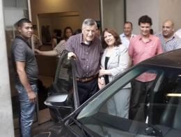 """LA SALUD DE GIOJA: El gobernador de San Juan recibió el alta médica y continúa con su """"nueva etapa de recuperación"""""""