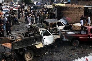 KARACHI: Once policías muertos y 40 heridos en un atentado suicida en Pakistán