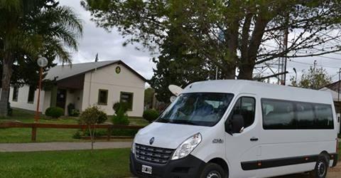 C.Bernardi: El municipio recibió el Mini Bus para el traslado de personas con capacidades diferentes