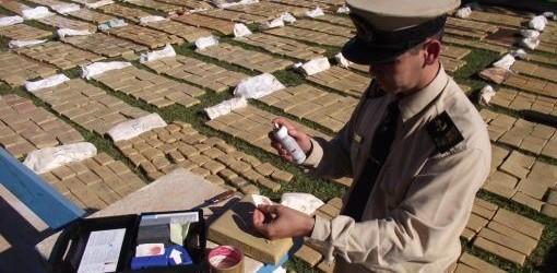 NARCOTRÁFICO: Secuestran casi dos toneladas y media de marihuana en un puerto de Misiones