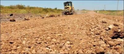 VIALIDAD ENRIPIARÁ ACCESOS Y CAMINOS:  En el Departamento Federal repondrán material en las rutas 5 y 28