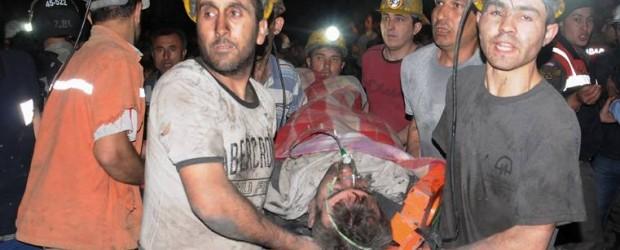 Turquía: 151 muertos y cientos atrapados en una mina