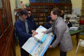 Se entregaron más de 100 en Oro Verde: Continúa la entrega gratuita de receptores de la TDA en Paraná y Cerrito