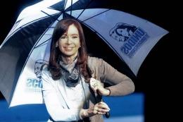 ESTA TARDE: Cristina encabezará la firma de los acuerdos de reestructuración de deuda con 13 provincias