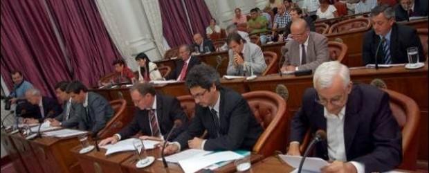 """LA SUCESIÓN DE URRIBARRI: """"Lauritto-Bahl o Bahl -Lauritto"""", debatieron los senadores"""