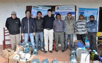 DEPARTAMENTO FEDERAL  El Senador Provincial Eduardo Taleb entrego herramientas y se reunió con ladrilleros de Colonia Federal y Las Delicias