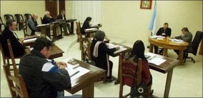 ANTES LO HABÍAN RECLAMADO LOS CONCEJALES: Directivos de la sala de nivel inicial de la escuela 52 piden la urgente reparación de la calle Seghezzo y Echagüe