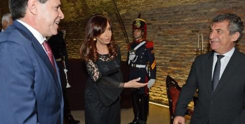 Argentina devolverá el mobiliario del Mariscal Solano López: Cristina y Urribarri viajarán a Paraguay, el Senador Eduardo Alberto Taleb esta convocado a este echo histórico