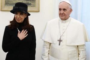 """VATICANO: Francisco """"no utiliza"""" a los obispos ni al Observatorio de la Deuda Social de la UCA para """"mandar mensajes"""" al Gobierno"""
