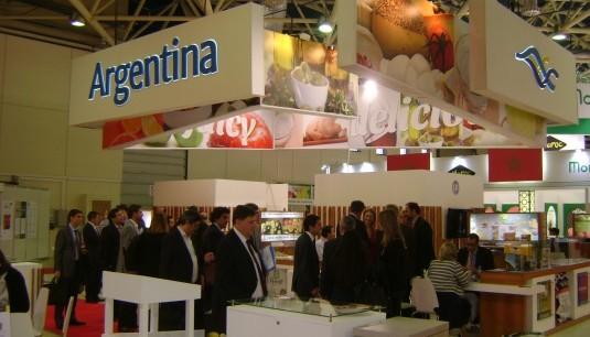 Trece empresarios de la provincia en Moscú: Crece la demanda rusa de arándanos entrerrianos