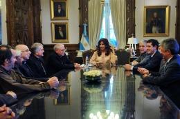 ACTIVIDAD PRESIDENCIAL Cristina recibió al nuncio apostólico y lanzó la puesta en valor de obras