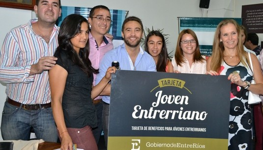 Hay más de 300 comercios adheridos en la provincia: Se amplía la cobertura de la tarjeta Joven Entrerriano