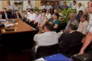 LA INVERSIÓN SUPERA LOS 32 MILLONES DE PESOS: Millonario aporte Para Los Consorcios de Viviendas del Departamento Federal