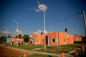 Hay 3.500 casas en ejecución que generan 12.000 puestos de trabajo: En Entre Ríos se reemplazan los asentamientos por viviendas dignas