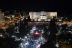 """GRECIA : Una multitud festeja el triunfo del """"no"""" en la plaza Sintagma"""