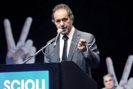 """Vuelta de público visitante: Scioli acusó a Macri de """"querer sembrar violencia y pánico"""""""