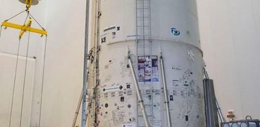 CIENCIA Y TECNOLOGÍA: A menos de una semana para el despegue, el Arsat-2 ya está integrado al lanzador