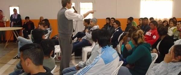 MAYOR INCLUSIÓN: Jóvenes del departamento Federal beneficiados con el programa CRECER