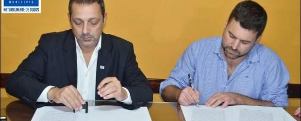 TRASCENDENTE: El municipio firmó un convenio con la UADER para implementar la carrera en Cooperativismo y Mutualismo