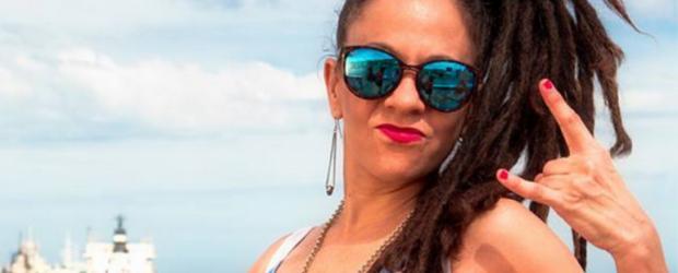 La cantante Miss Bolivia denunció a la policía de Salta