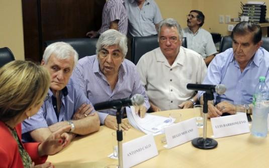 Caló descartó que las tres CGT convoquen a un paro por el veto de Macri