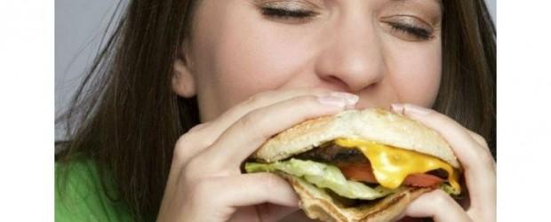 Asqueroso: Encuentran ADN de ratas y humanos en hamburguesas