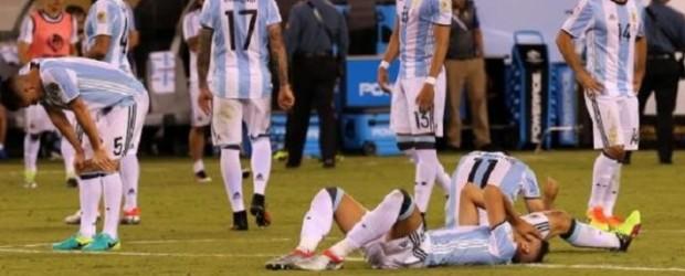 Mascherano y Agüero se encolumnan detrás de Lionel Messi